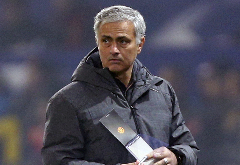 Jose Mourinho extends contract at United until at least 2020