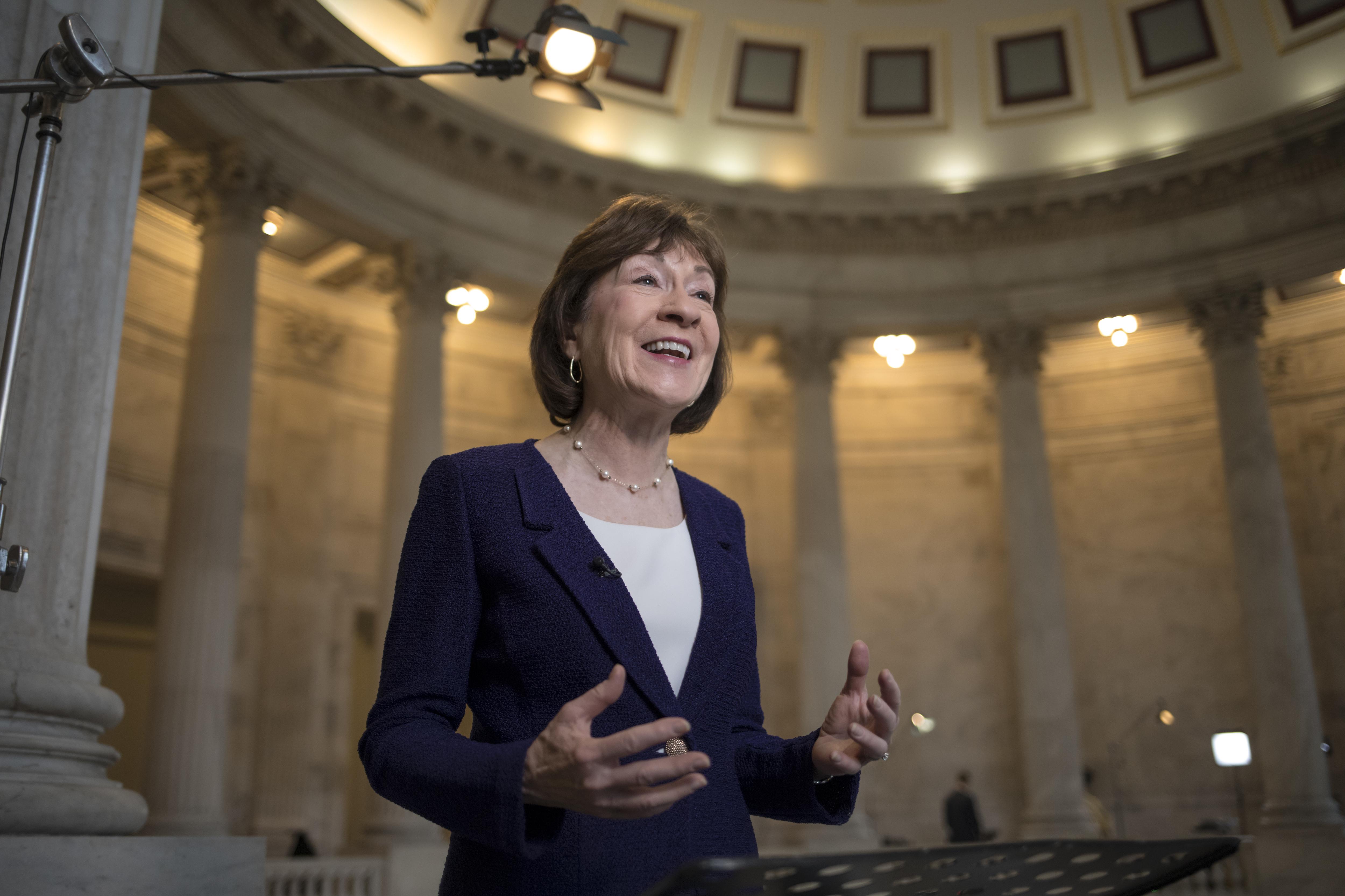 GOP senators call on Trump to show restraint in Russia probe