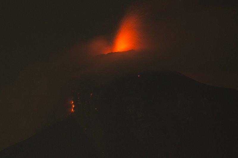 Guatemala volcanic eruption sends lava into homes, kills 25