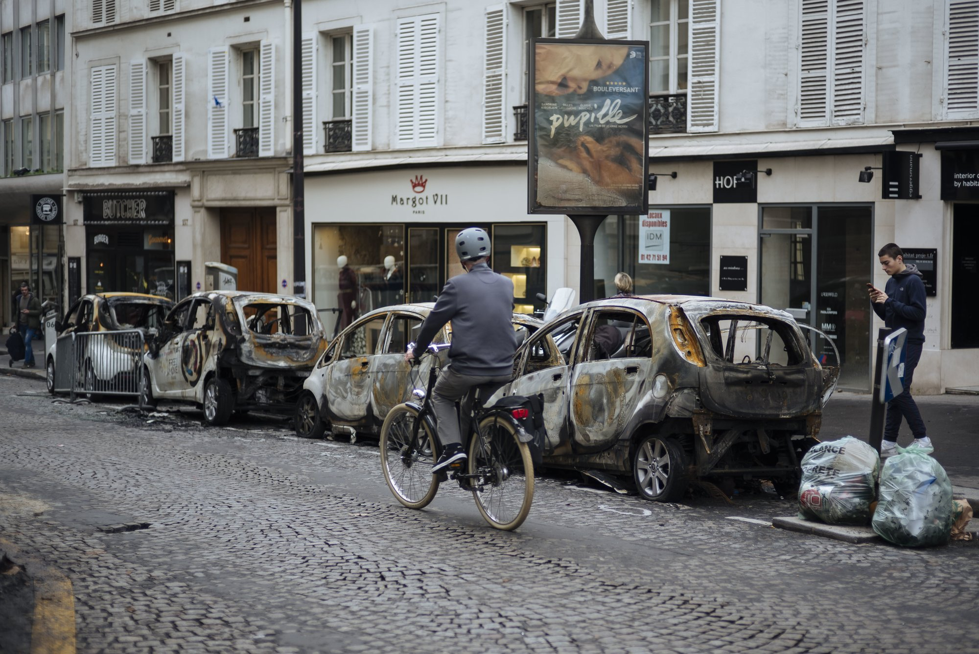 Paris assesses injuries, damage after worst riot in decade