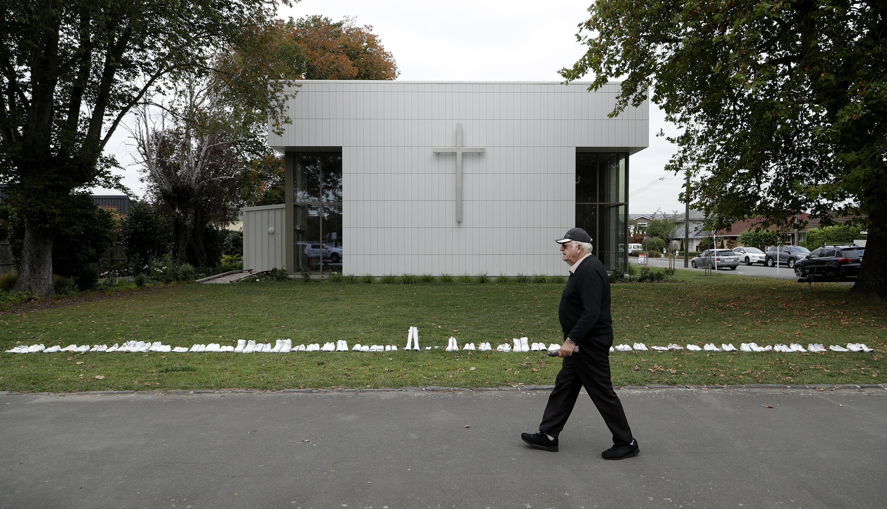 NZ leader vows to 'absolutely deny' mosque gunman a platform