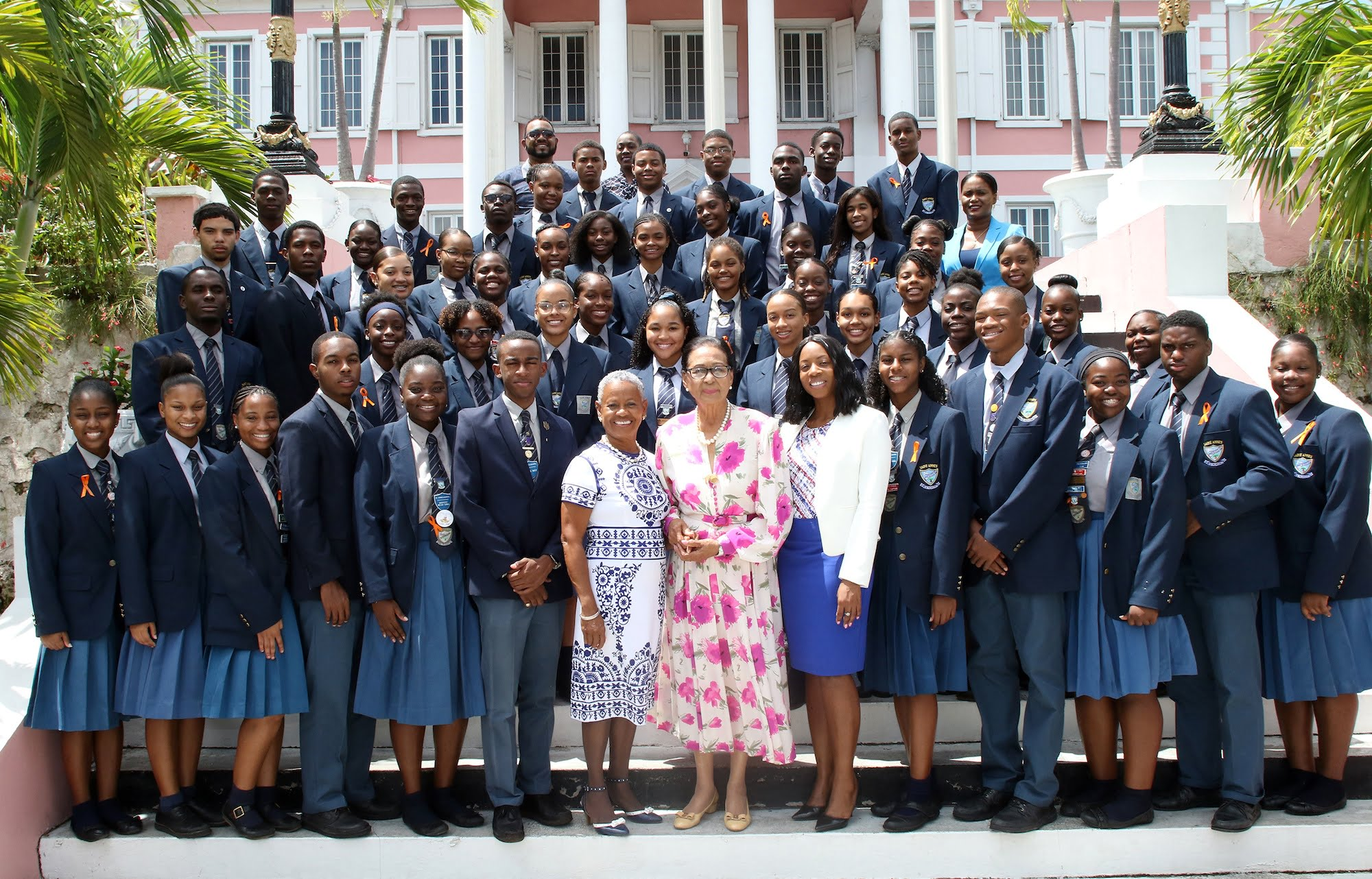 GG welcomes St. Anne's School 2019 graduating class
