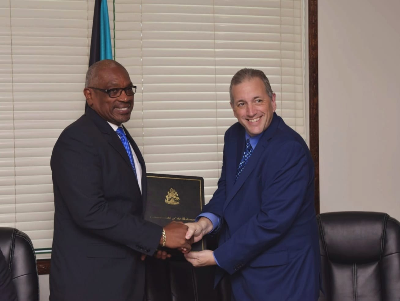 Govt. signs Heads of Agreement for new medical university in Grand Bahama
