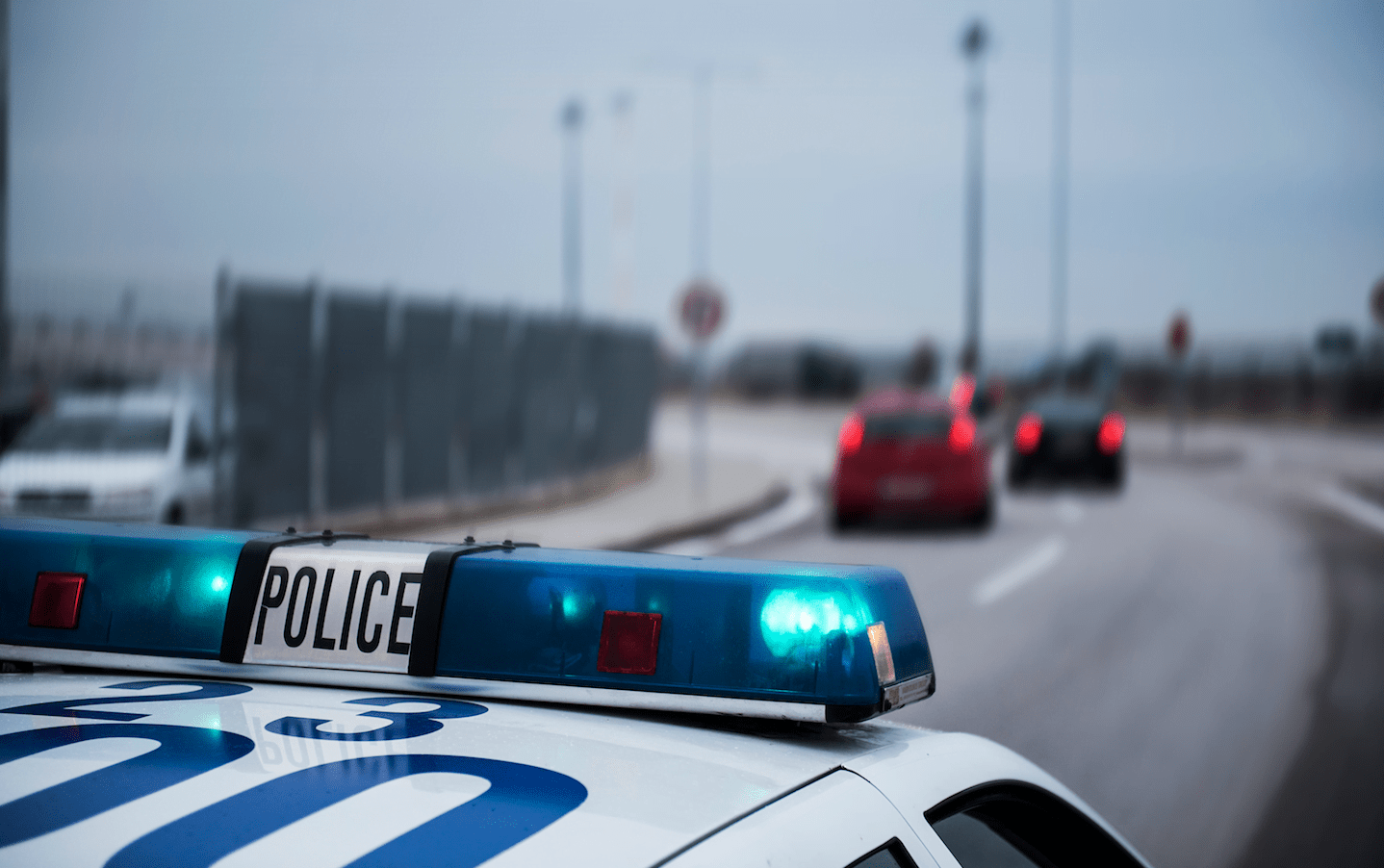Manhunt underway for driver who evaded police