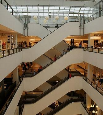 Copenhagen – department store illums bolighus、illum、Magasinの写真。