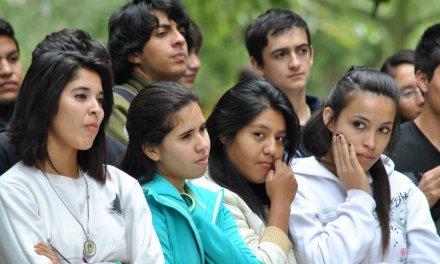 Investigación para conocer más acerca de alumnos y egresados