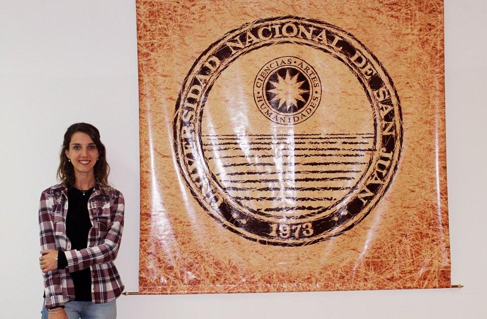 Una Lic. en Astronomía de Exactas premiada en un Congreso Internacional
