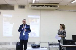 El Decano Bloch habla en la presentación del sistema de gestión KOHA