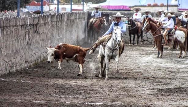 Huichapan destaca por su profunda afición al deporte nacional, la Charrería