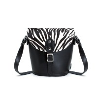 barrel-bag-zebra-1