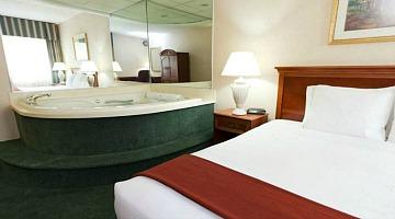 Romantic Hotels With Jacuzzi In Room In Michigan Novocom Top