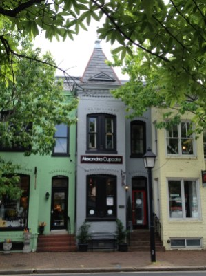 Old Town Alexandria Virginia-Cupcake-Shop-Copyright Shelagh Donnelly