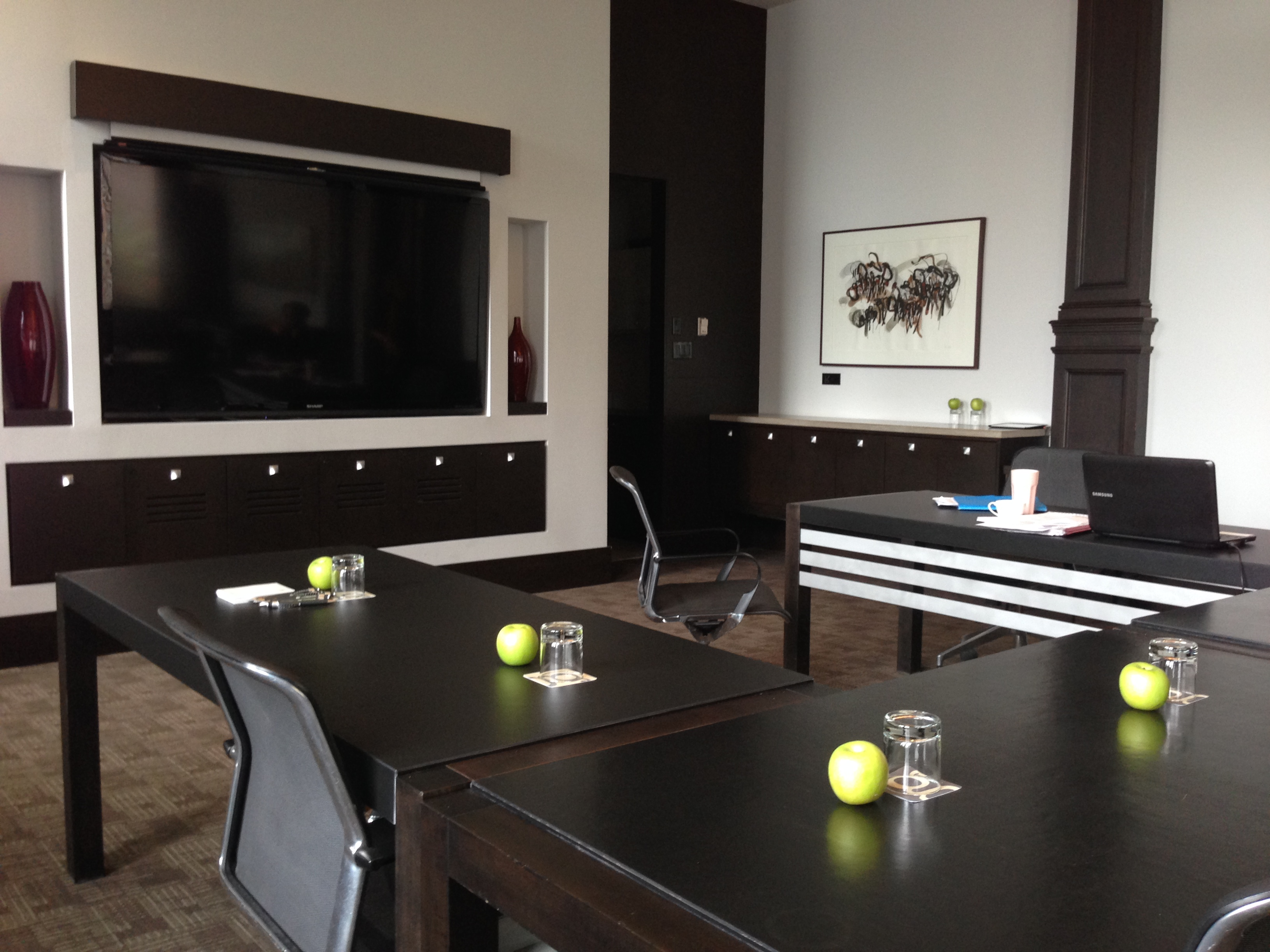 Hotel Germain Quebec Meeting Room Copyright Shelagh Donnelly