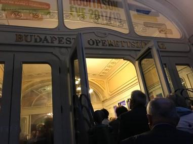 Budapest Opera 17-6495 Copyright Shelagh Donnelly