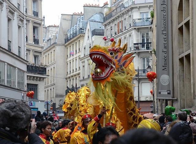 paris-93532_640