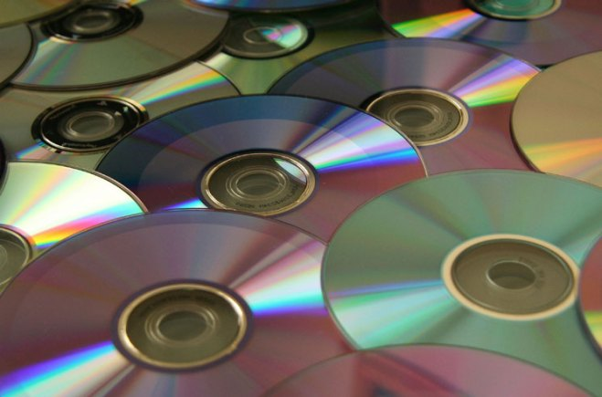 """More Hip-Hop Producers Allege Labels Call Albums """"Mixtapes"""" to Avoid Fair Compensation"""