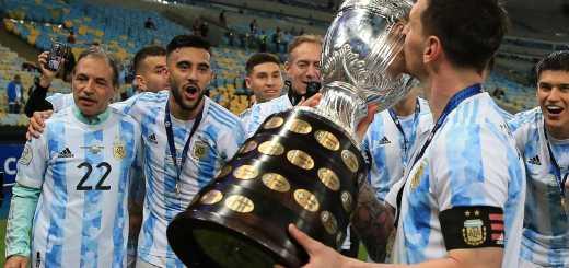 Messi reaches international glory