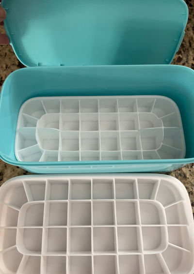 Ceres Chill Milkstache - blue box containing two silicone ice cube trays and a top