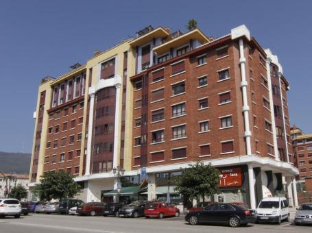 Hotel Carbayon**