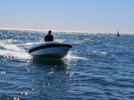 Alquiler de barcos de motor en Barcelona