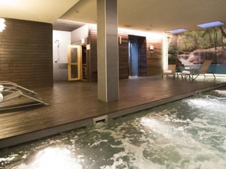 Escapate a Circuito de aguas, masaje y menú en Spa Bodyna 5* en Valencia