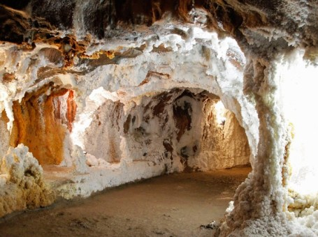 Desde Castellón a las minas de sal de cardona y la catedral en nulles.