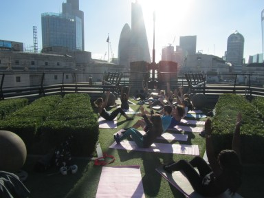 london-sport-staff-enjoying-pilates-with-exercise-in-the-city-at-coq-dargent