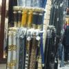 Exhibidor de cinturones MODELO SWRCI. Ejemplo de uso en boutique