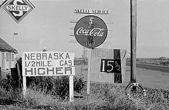 Kansas, October 1938, 1/2 mile from the state line.