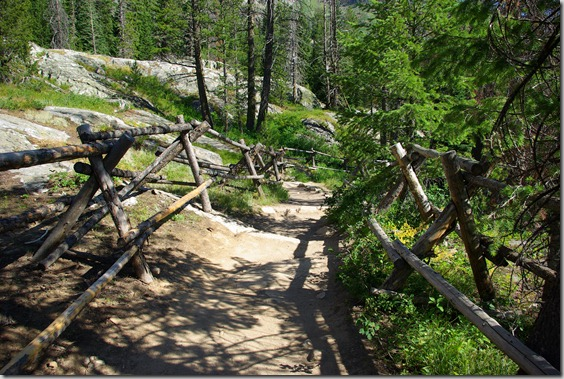 Trail to hidden Falls, Grand Teton National Park