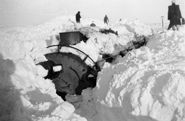 1949_Blizzard_train2