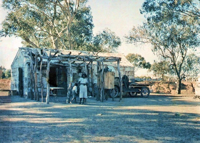 Aborigine's house, Wilcannia, NSW, between 1935-1937 --  photographer Reverend Edward (Ted) Alexander Roberts