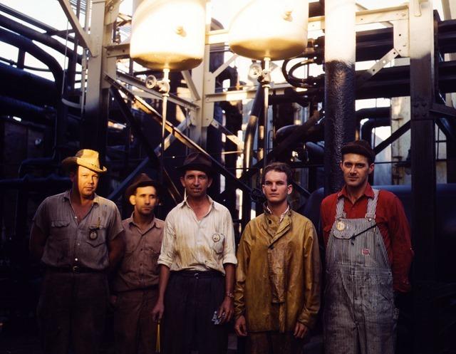Employees at Mid-Continent Refinery, Tulsa, Okla. circa 1943