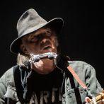 Neil Young a trouvé de quoi nous occuper pendant le confinement