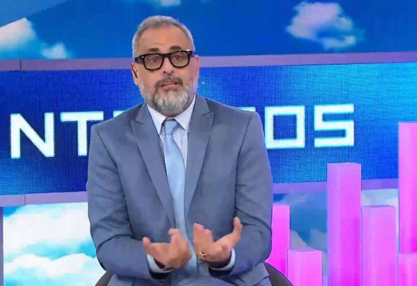 Jorge Rial destrozó a Clarín por el caso de violación en Miramar