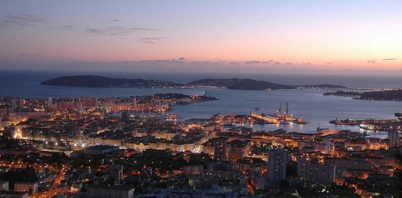 toulon-by-night