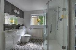 Gamekeeper's Cottage - Bathroom