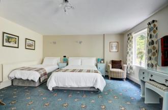 Gamekeeper's Cottage -Bedroom