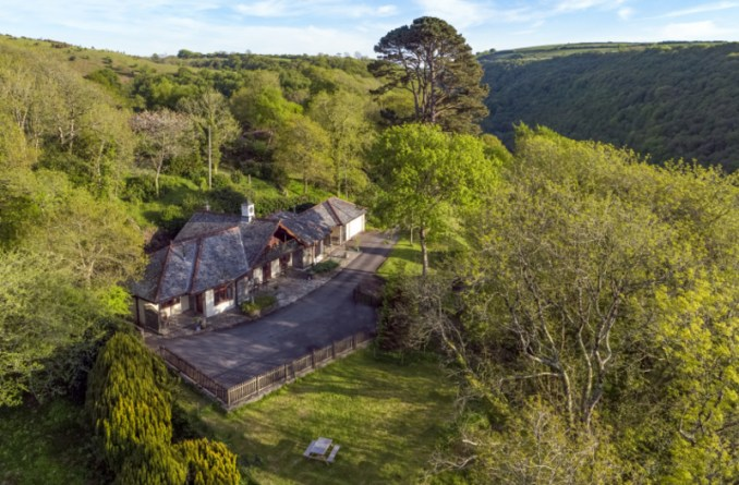 The Cottages Aerial View 4