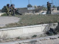 07. Israeli soldiers near Ramallah
