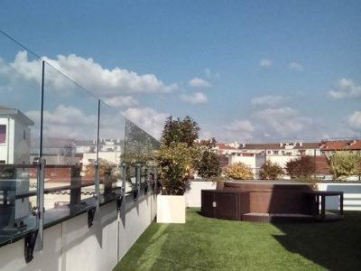 Optez Pour Un Pare Vent Terrasse Transparent Sur Mesure Verre Ou Pmma