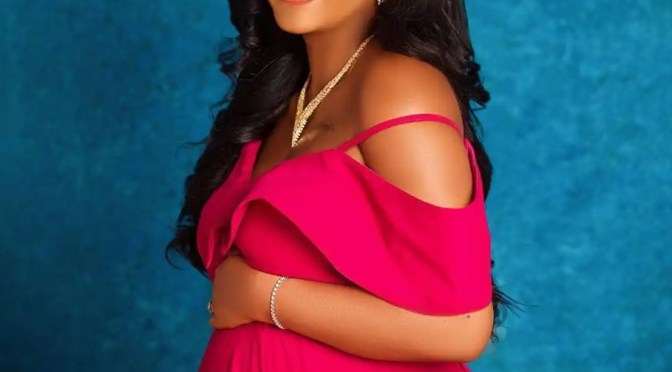 Nigerian guy dishes out advice to Regina Daniels