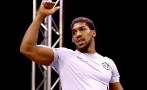 Anthony Joshua joins #EndSARS protest