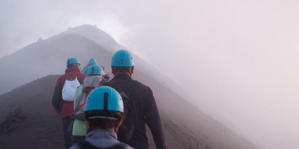 hikeup_stromboli_volcano