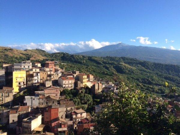 Castiglione di Sicilia_Italy etna wine