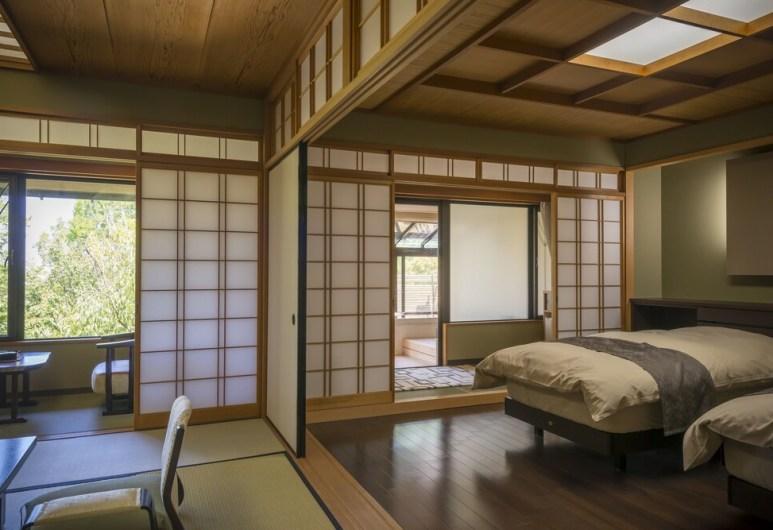【旅亭萬葉】星見露天風呂付客室ユニバーサル和洋室