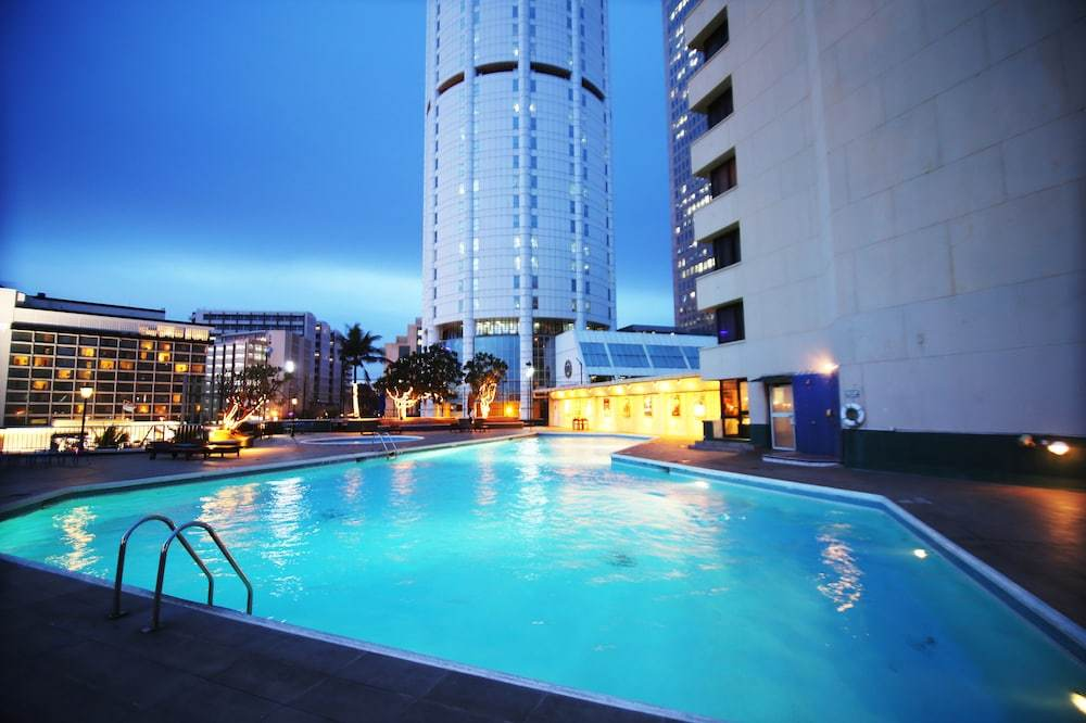 Cinnamon Lakeside Colombo Sri Lanka Booking Com