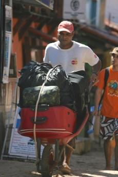 Morro baggage handler
