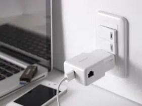 Apotop Wireless Travel Wi-Fi Router
