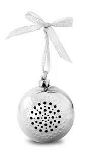 Life Made Tree Tunes Christmas Ornament Bluetooth Speaker